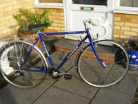 "MANS 21"" FRAME DAWES ROAD BIKE IN GREAT WORKING CONDITION"