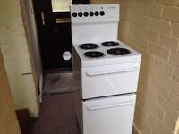 COOKER ELECTRIC 80S MODEL FOR SALE - TRICITY BENDIX EXCELLENT CONDITION JUST REDUCED IT NOW
