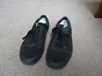 Vans Old Skool Black size 7