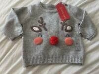 M & s Christmas jumper age. 0-3 months new with tags