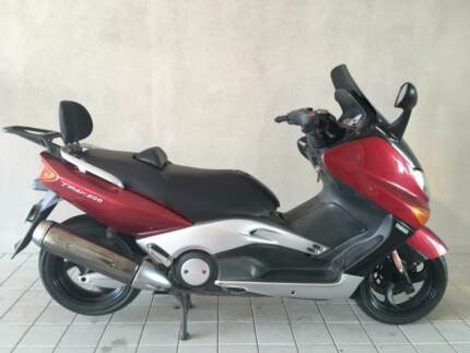 YAMAHA TMAX 500 Second hand scooter USED