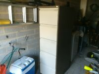 filling cabinet metal with 4 draws and comes with lots of dividers with lock and key vgc