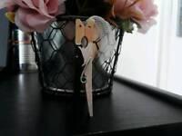 Wedding pin couple