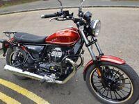 Moto Guzzi V9 Roamer Red 2016