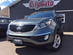 2015 Kia Sportage LX  Blue-tooth  Satellite Radio