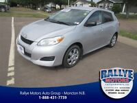 2012 Toyota Matrix ONLY 53 KMS! $AVE! TRADE-IN!