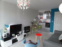 Modern 1 Bed Flat with Balcony, Loft, Allocated Parking Space and Communal Gardens