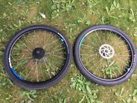 "BTWIN 27.5"" AERO TRAIL WHEELSET WITH TUBES,TYRES & HAYES ROTORS"