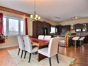 274 500$ - Maison 2 étages à vendre à St-Maurice