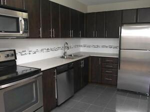 PORT CREDIT Executive 2 bedroom meters to waterfront!