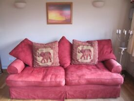 Settee sofa large 3 or 4 seater in red fabric