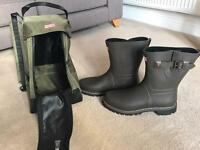 Genuine Hunter Wellies, socks and carrier **MENS SIZE 12**