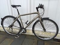 Trek 7.5FX Hybrid Commuter/Fitness Bike (2010) Great Condition like new.
