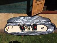 140cm snowboard, bindings and bag