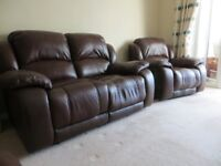 Settee & matching armchairs