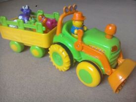Old MacDonald Lights, sounds and motion Tractor with Bruin farmer and animals