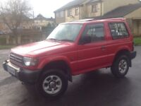 MITSUBISHI SHOGUN 2.5 GLX TD SWB 3 DOORS 4X4 MANUAL DIESEL RED