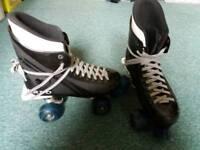 Turbo roller skates