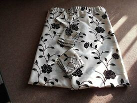 curtains white satin with black roses plus 3 cushion covers free 90/90