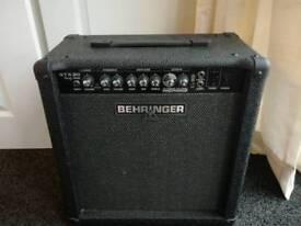 Behringer GTX30 Amp