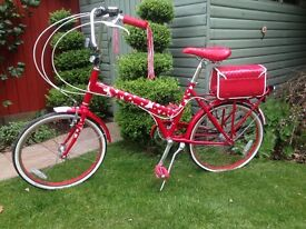 Womens Red Or Dead star bike - fully serviced, mint condition brand new