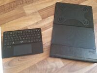 Leicke Tablet Case with Bluetooth Keyboard, Trackpad and Stand