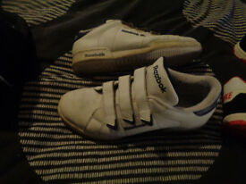 REEBOK CLASSSIC TRAINERS SIZE 5 and half