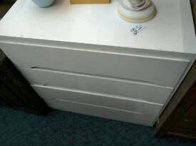White chest of drawers £39
