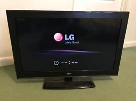 "LG 32CS460 32"" TV - FREE!!!"