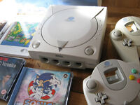 SEGA Dreamcast - Boxed + games.