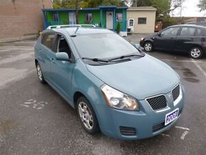 2009 Pontiac Vibe Base ONE OWNER| GAS SAVER | WINTER READY |
