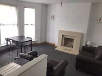 2 Bedroom Flat - Newly Refurbished - £625 PCM
