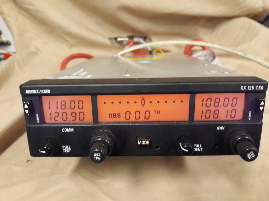 King KX 125 14 volts VHF nav com