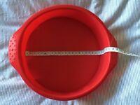 round silicone cake tin's