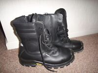 Jallatte steel toe cap safety work boots with zips and laces New size 8