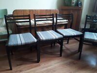 4 x black/white chairs