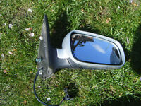 v w golf mk4 tdi , both front headlights £20 each , both rear lights £10 each,have elec door mirrors