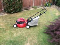 Honda engine petrol lawn mower