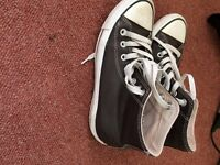 Brown leather chuck taylor hi all star converse size 5