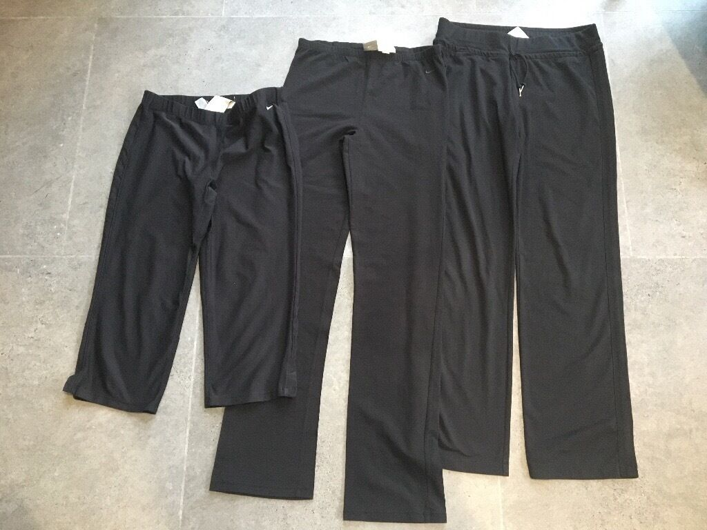 3 Pairs Of Ladies Nike Leggings Size 12in Brighouse, West YorkshireGumtree - 3 Pairs Of Ladies Nike Leggings Size 12 2 full length & 1 pair 3/4 length. All worn but in great condition only selling as dont wear any more. Washed & no marks. £10 Read less