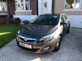 Vauxhall Astra 1.6 SRI, Metalic Charcoal Grey with Matching Wheels