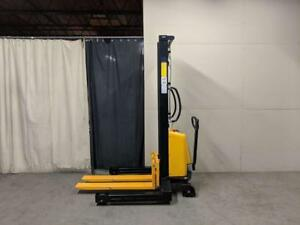 HOC EMSW138 WIDE LEG SEMI ELECTRIC PALLET STACKER 1500 KG (3307 LB) 138 INCH CAPACITY + FREE SHIPPING + 1 YEAR WARRANTY