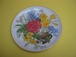 URSULA BAND FRUHLINGSMORGEN LIMITED EDITION 1987 COLLECTOR PLATE London Ontario image 1