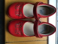 CLARKS LIGHTS red girls butterfly shoes with lights in heel - used but great condition - size 9.5E