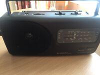 Roberts RP16 Radio
