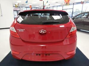 2013 Hyundai Accent GLS MAGS/TOIT OUVRANT 51$/semaine West Island Greater Montréal image 6