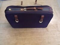 ++BARGAIN++ LARGE M & S/MARKS AND SPENCERS TRAVEL SUITCASE WITH WHEELS ++BARGAIN++