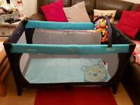 Hauck dream an play travel cot for sale