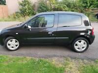 Renault clio 2005 £1000