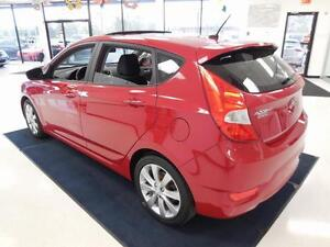 2013 Hyundai Accent GLS MAGS/TOIT OUVRANT 51$/semaine West Island Greater Montréal image 5